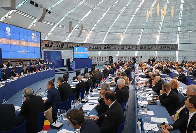 """The EOC have vowed to ensure """"free access"""" for media during the 2019 European Games ©President of Belarus"""