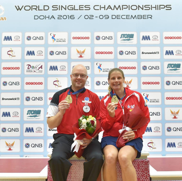 Jesper Agerbo and Kelly Kulick with their gold medals from the World Bowling Championship in Qatar ©World Bowling Instagram