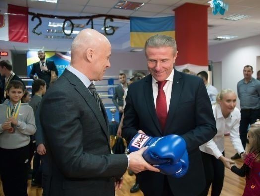 """Bubka congratulates """"entire muay thai family"""" on IOC recognition during meeting with European chief"""