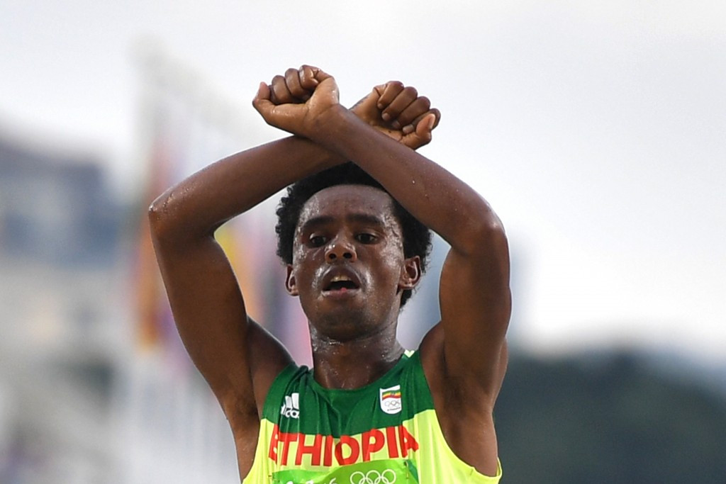 Feyisa Lilesa says he still hopes to compete for his country ©Getty Images