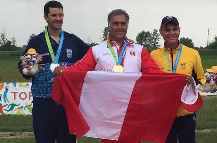 Francisco Boza Dibos, centre, won a gold medal at the Toronto 2015 Pan American Games ©COP