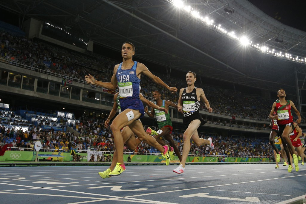Centrowitz clocks world leading one mile time at IAAF World Indoor Tour