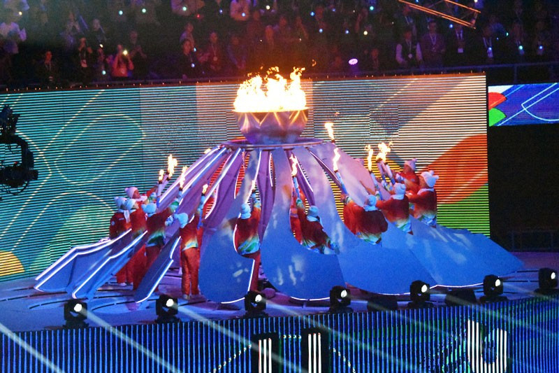 The Cauldron was lit at the end of the Opening Ceremony ©FISU