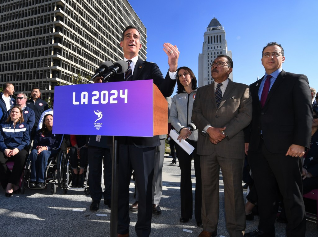 Los Angeles Mayor Eric Garcetti has admitted he understands the reasons why the International Olympic Committee are considering changes to the bid process ©Getty Images