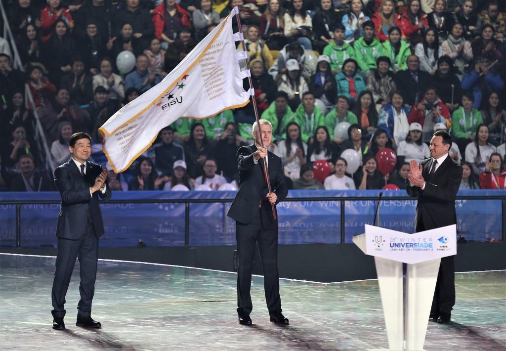 The official Handover Ceremony saw the FISU flag passed to Krasnoyarsk Mayor Edkham Akbulatov, whose city is due to host the 2019 Winter Universiade ©Almaty 2017