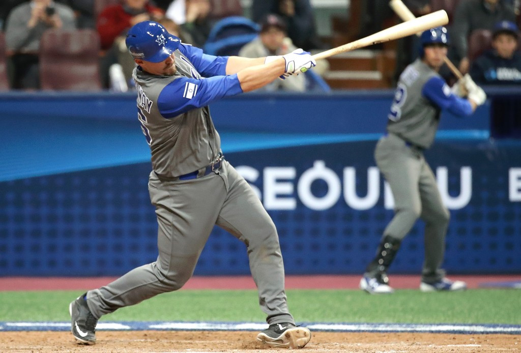 Israel scored a single in the tenth innings to claim a 2-1 shock win over hosts South Korea in the opening match of the World Baseball Classic in Seoul ©Getty Images