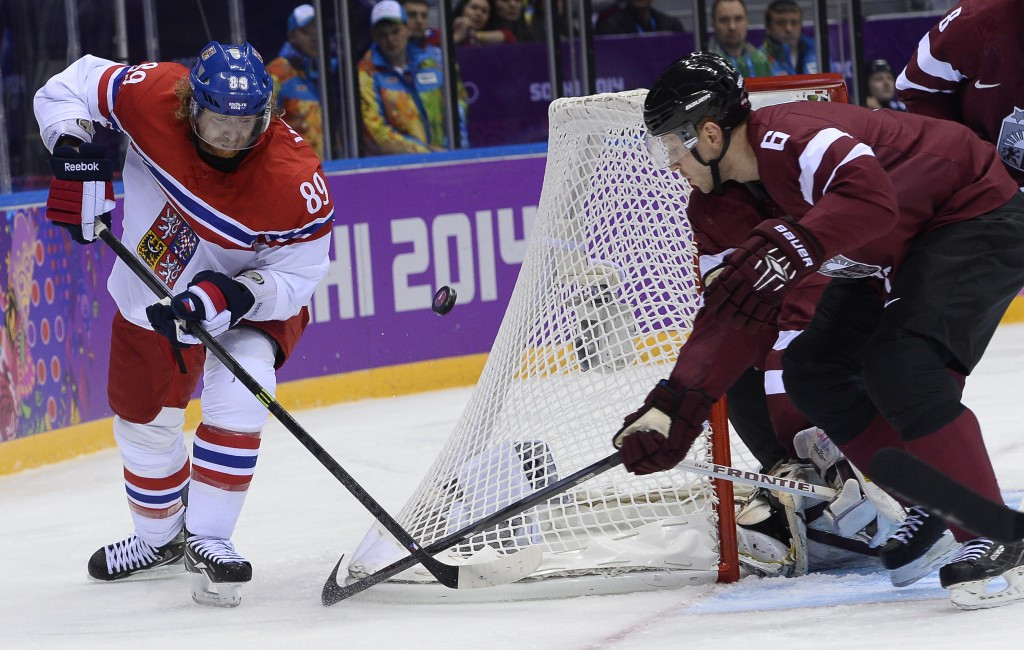 The Czech Republic's Jakub Voráček, left, who plays for the Philadelphia Flyers, is among leading players to criticise the NHL for failing to reach a deal to allow them to take part at Pyeongchang 2018 ©Getty Images