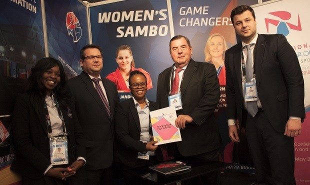 FIAS signs partnership with International Working Group on Women and Sport