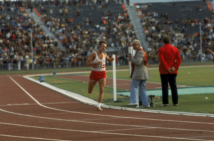 Ian Thompson won the 1974 Commonwealth marathon, more than two minutes clear of the field in a then record championship debut of 2:09:12 - the second fastest time ever run at that point ©Getty Images
