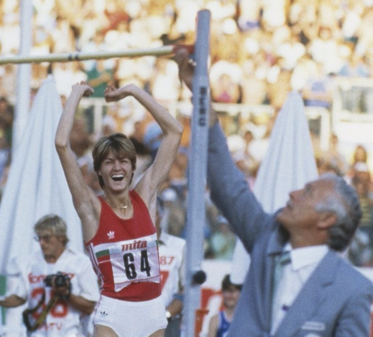 World high jump record holder Stefka Kostadinova of Bulgaria has become the latest high-profile former competitor to voice opposition to proposals to rewrite records set before 2005 ©Getty Images