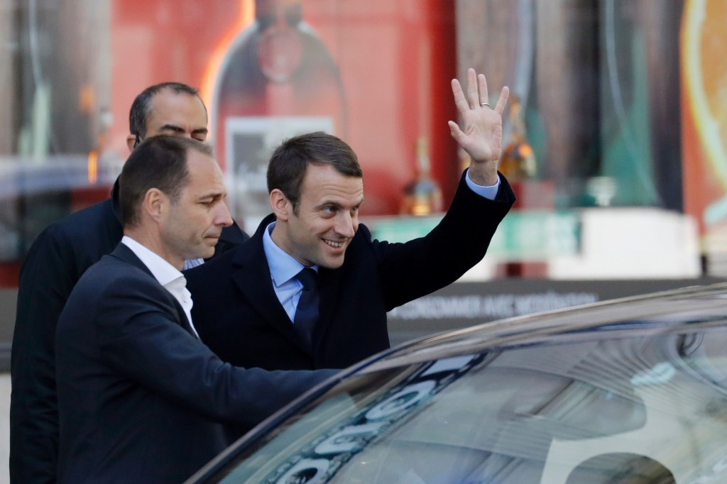 Emmanuel Macron is due to meet the IOC Evaluation Commission ©Getty Images