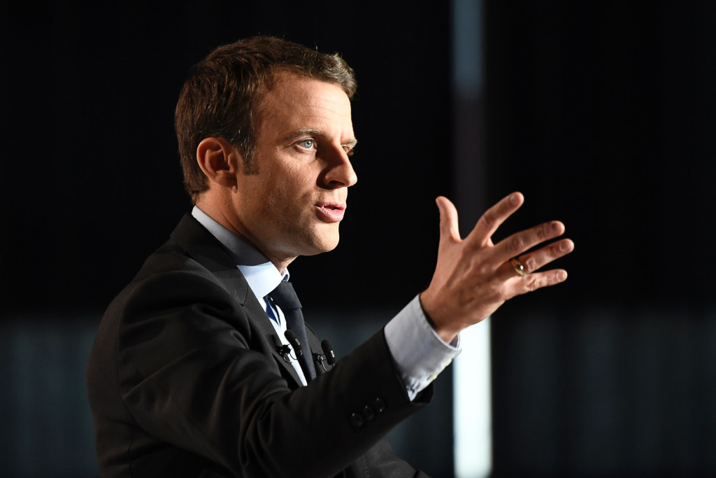 French President elect Emmanuel Macron has pledged his support to Paris 2024 to IOC President Thomas Bach ©Getty Images