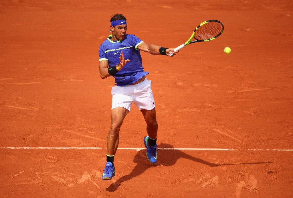 Nadal cruises into fourth round of French Open