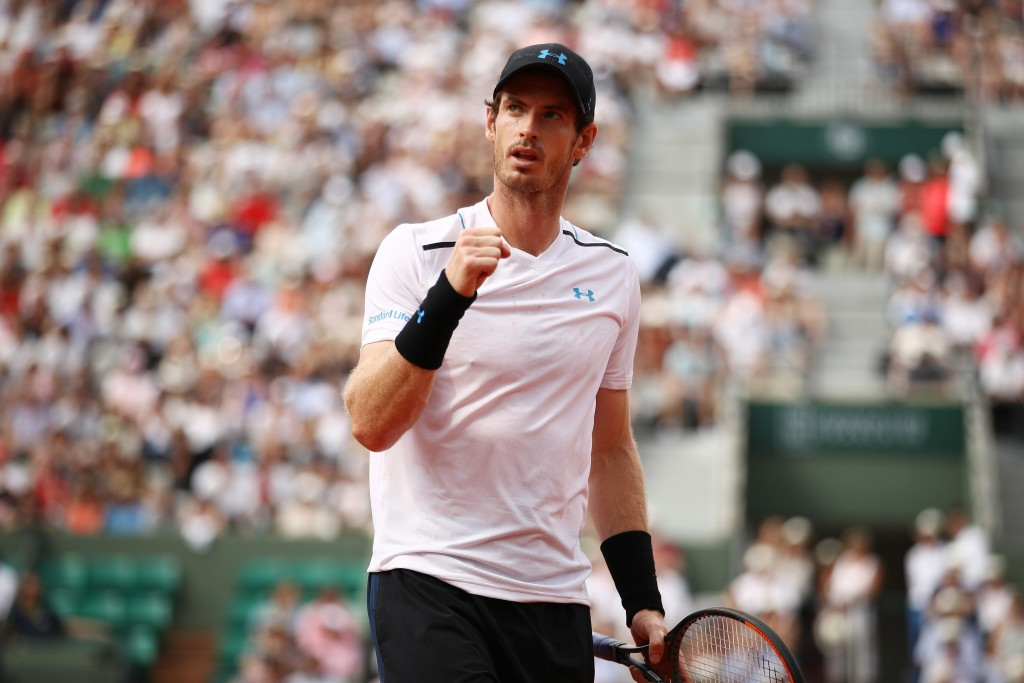 Murray wins Olympic final repeat in third round of French Open