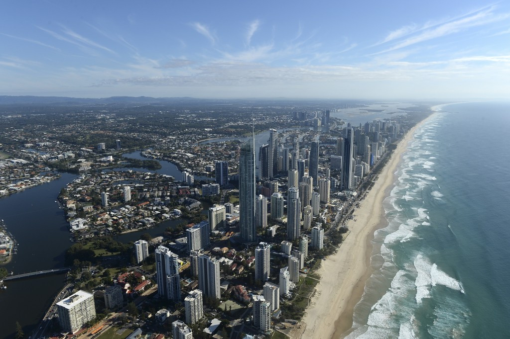 Gold Coast 2018 sign deals with two travel agents