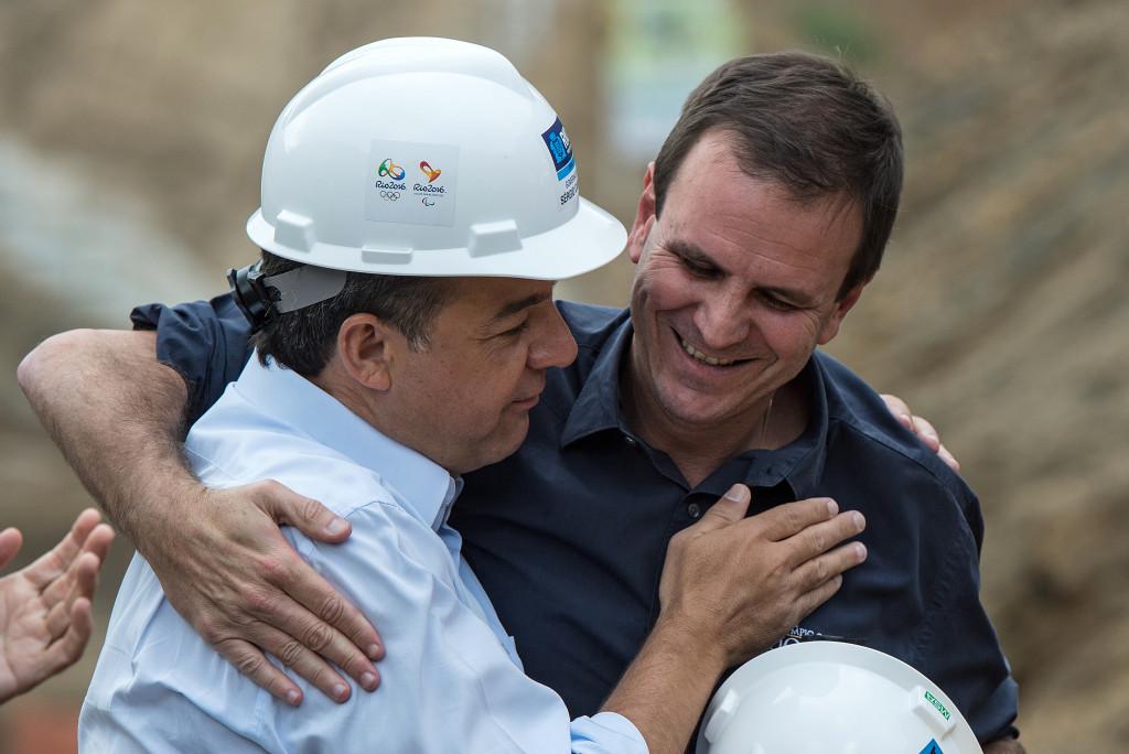 Sérgio Cabral, left, visiting Olympic construction sites with former Rio de Janeiro Mayor Eduardo Paes ©Getty Images