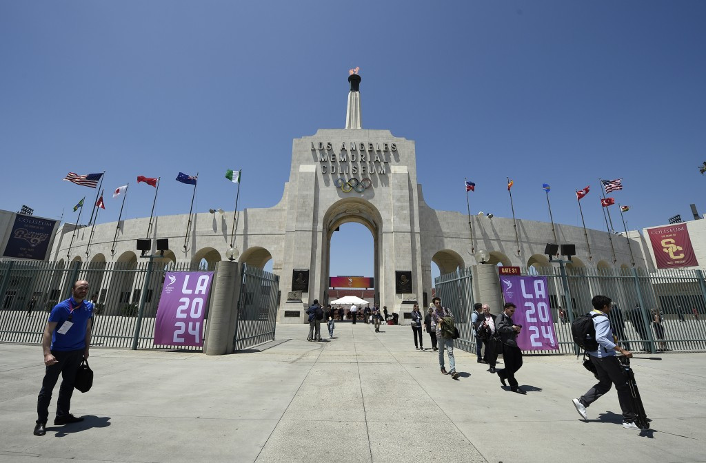 Over 10,000 people have joined Los Angeles 2024's volunteer programme since its inception in February ©Getty Images