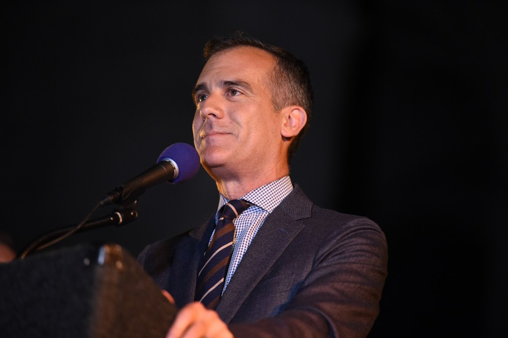 Los Angeles Mayor Eric Garcetti has raised the possibility of asking the IOC for youth sport funding in return for switching to hosting the 2028 Olympic and Paralympic Games ©Getty Images
