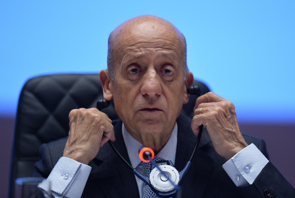 Africa, Asia and Oceania back Maglione to be re-elected FINA President