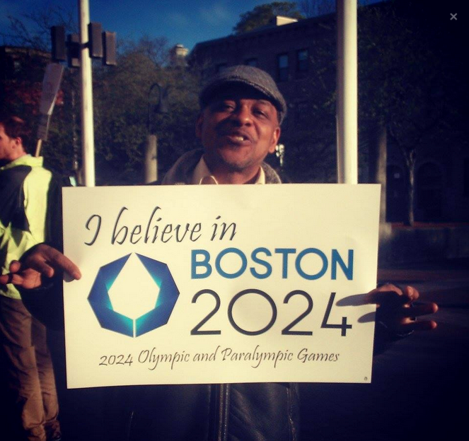 """A supporter of Boston 2024 hold an """"I believe"""" banner but the USOC are increasingly losing confidence in the bid ©Boston 2024"""