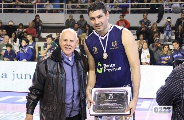 Argentine Olympic Committee honour gold medal winning basketball player