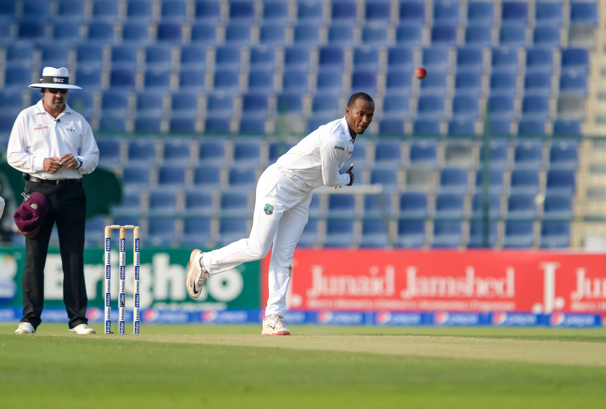 Bowling action of Brathwaite reported by cricket officials