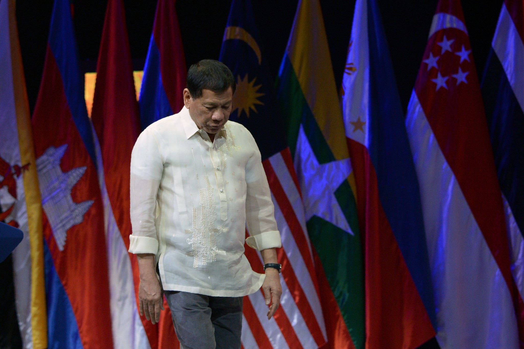 Philippines President Duterte confirms interest in hosting 2019 Southeast Asian Games