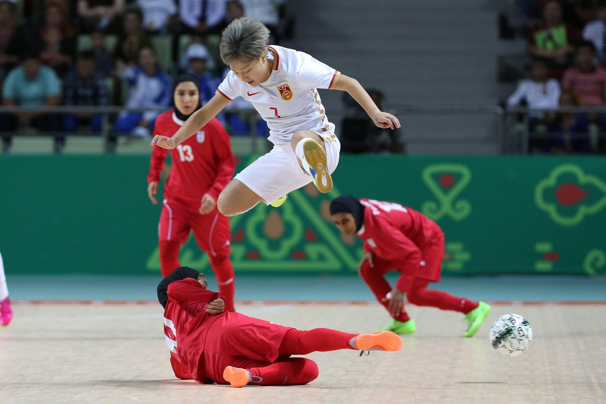 Iran beat China in the women's futsal bronze medal match ©Ashgabat 2017/Facebook