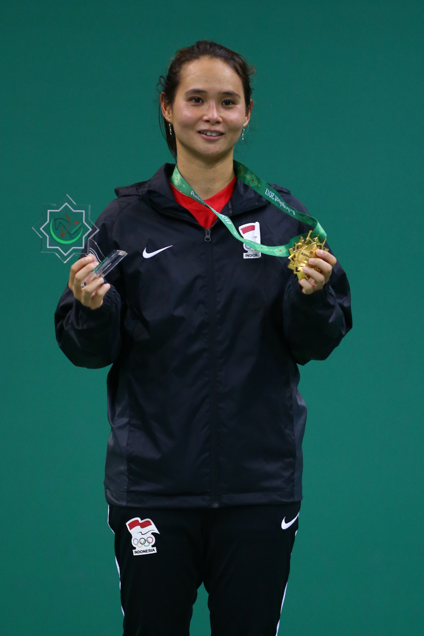 Gumulya wins all-Indonesian women's singles indoor tennis final on day 11 of Ashgabat 2017