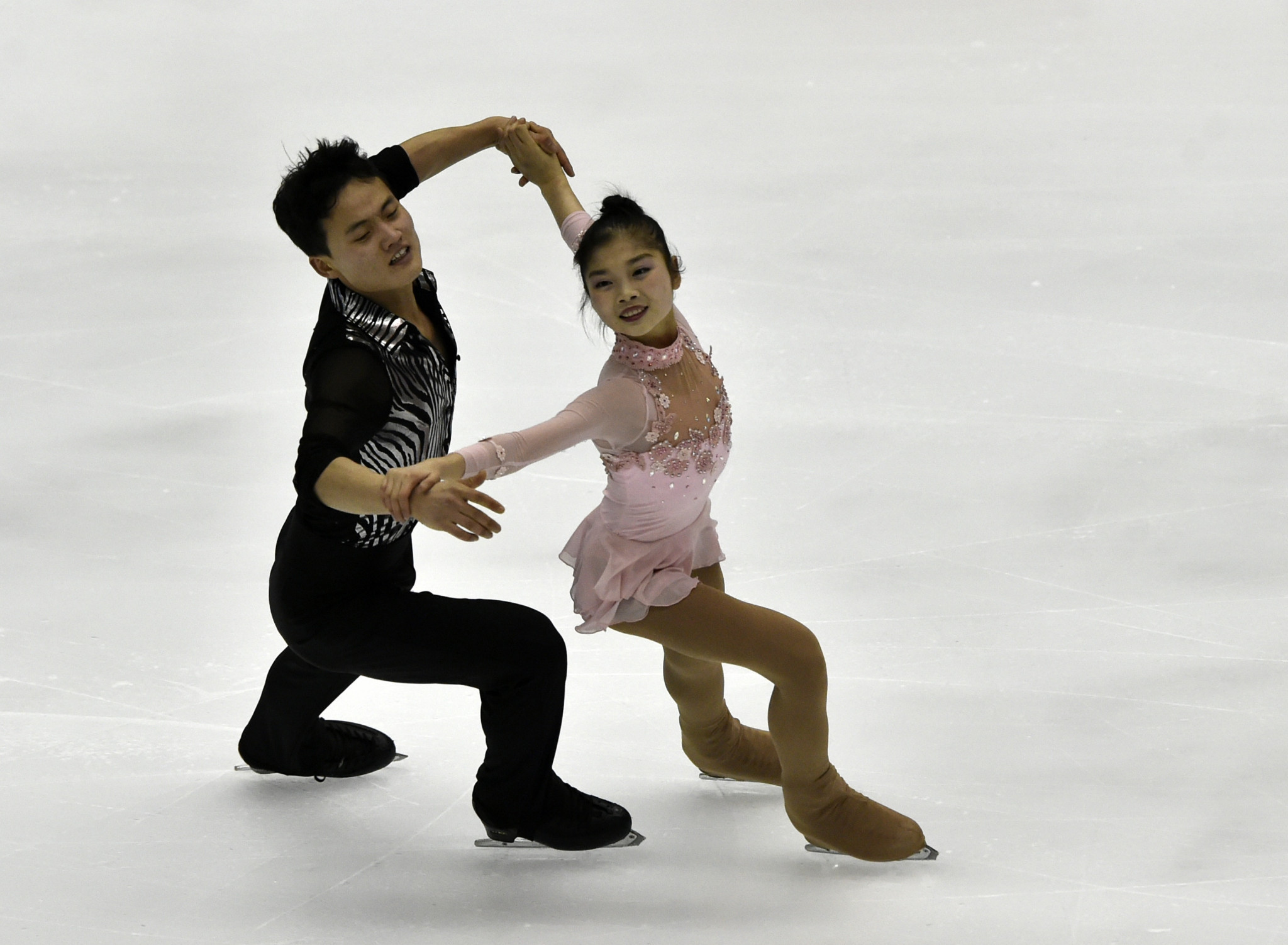North Korea's Tae Ok Ryom and Ju Sik Kim finished fifth at the Nebelhorn Trophy in Oberstdorf to earn a place at Pyeongchang 2018 ©Getty Images