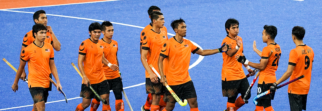 Malaysian Government rewards student athletes for recent medal success