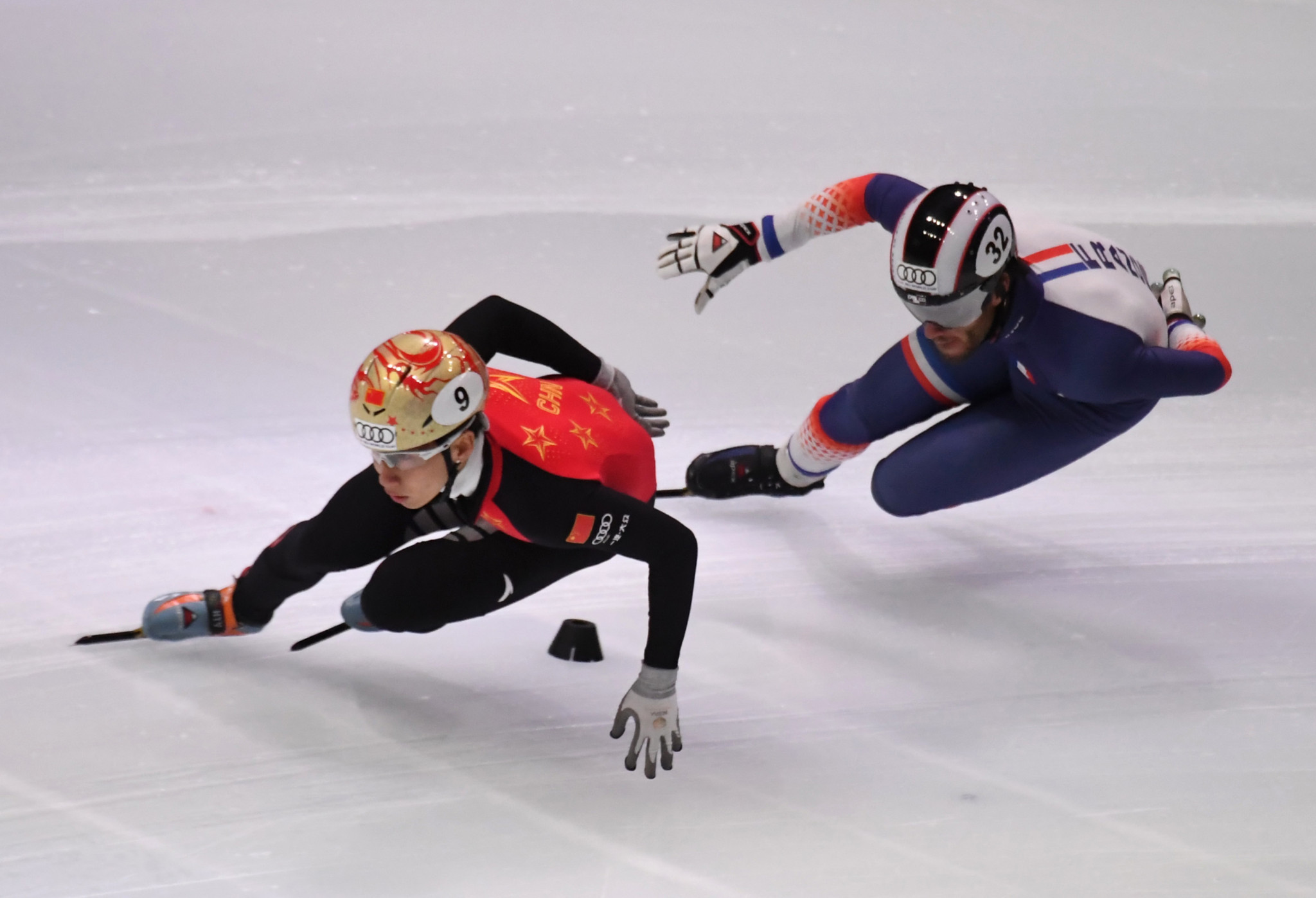 Han Tianyu, left, formed part of the Chinese quartet that posted the fastest time in the quarter-finals of the men's 5,000 metres relay ©Getty Images