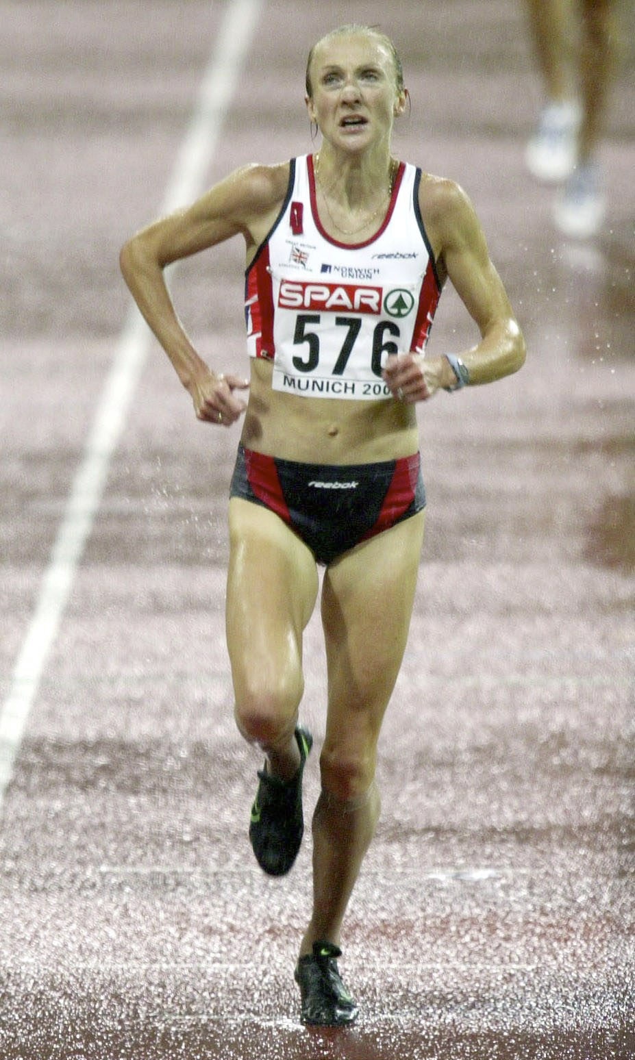 Paula Radcliffe's performance winning the 2002 European Championships at Munich would have been a world record had it not for the earlier performance of China's Wang Junxia, a mark now discredited ©Getty Images