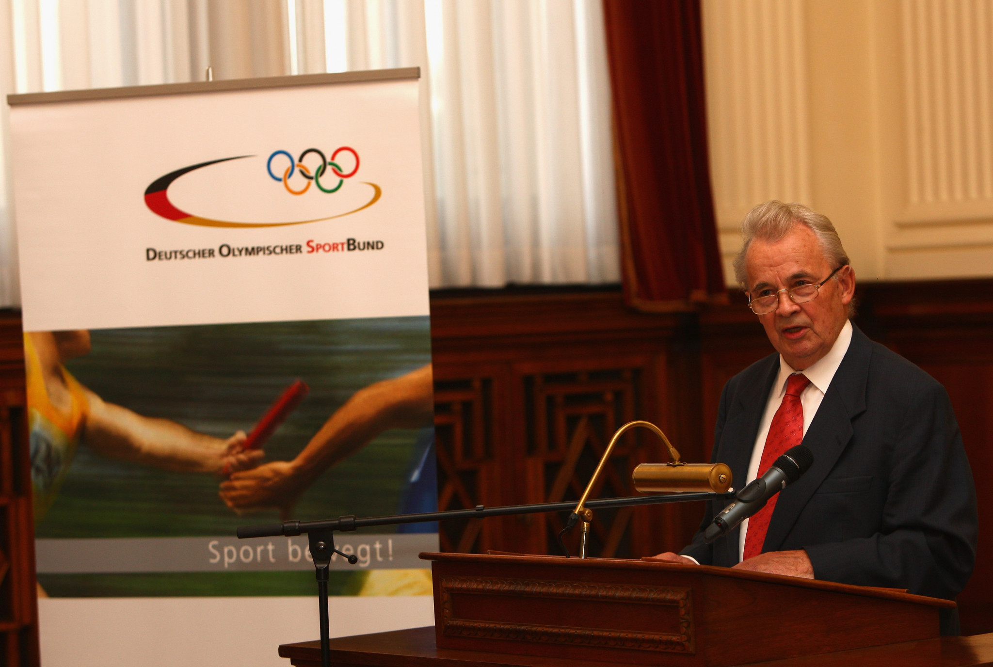 IOC honorary member Walther Tröger has called for Russia to be suspended from Rio 2016 ©Getty Images