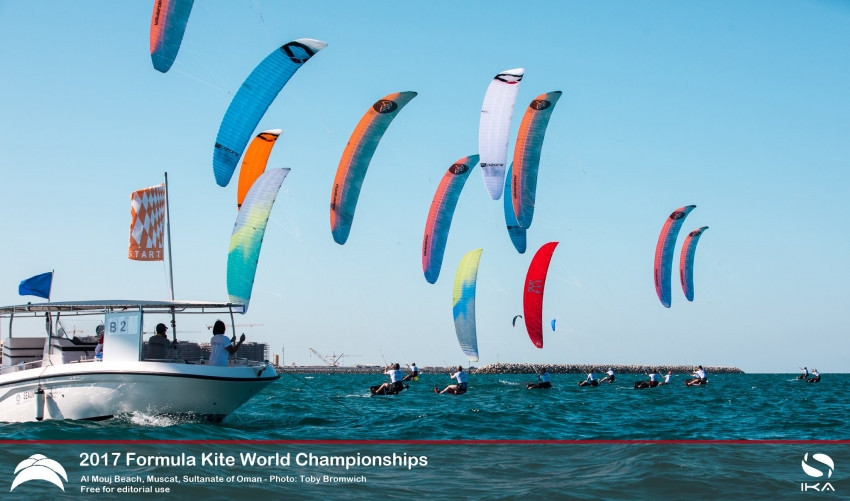 Leaders consolidate positions in testing conditions on day two of Formula Kite World Championships