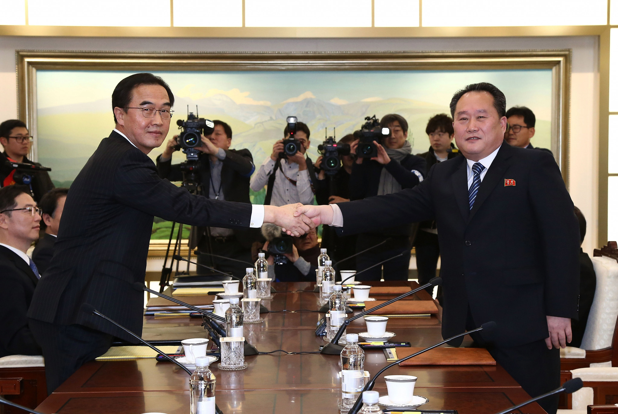 South Korea Unification Minister Cho Myung-Gyun, left, and North Korean chief delegate Ri Son-Gwon, right, pictured during the meeting today ©Getty Images
