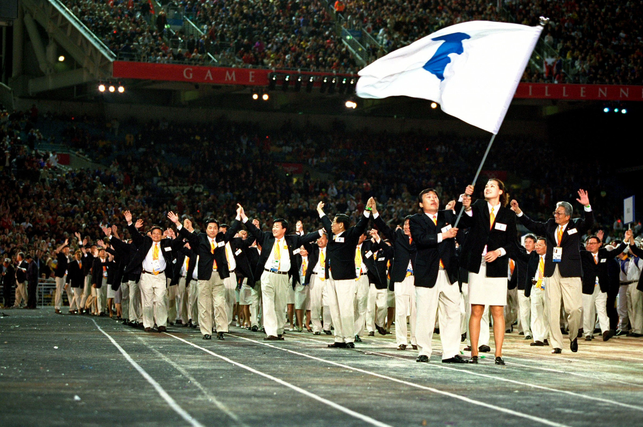 The two Koreas marching under the Unification Flag at the Sydney 2000 Olympic Games ©Getty Images