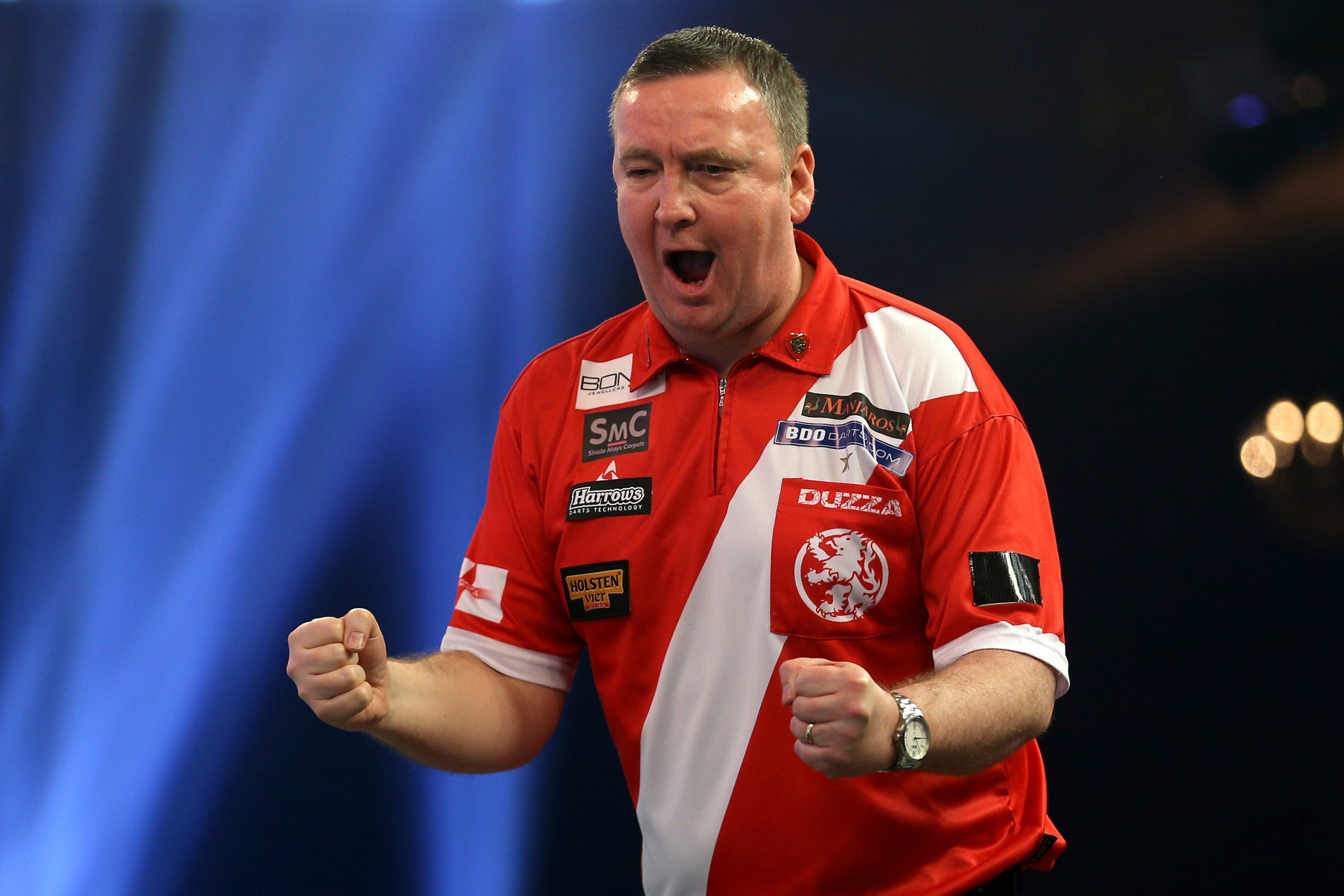 Lakeside thrillers as Durrant and Waites fight back from the brink to reach last four of BDO World Championships