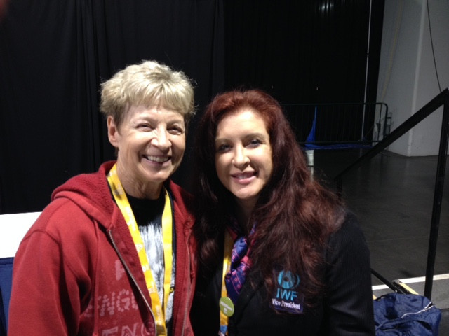 Judy Glenney, left, a pioneer of women's weightlifting, with Ursula Papandrea ©ITG