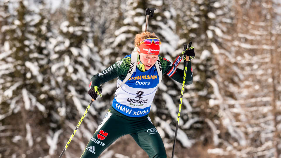 Germany's Laura Dalmeier won today's women's 10km pursuit event at the IBU World Cup in Antholz ©IBU
