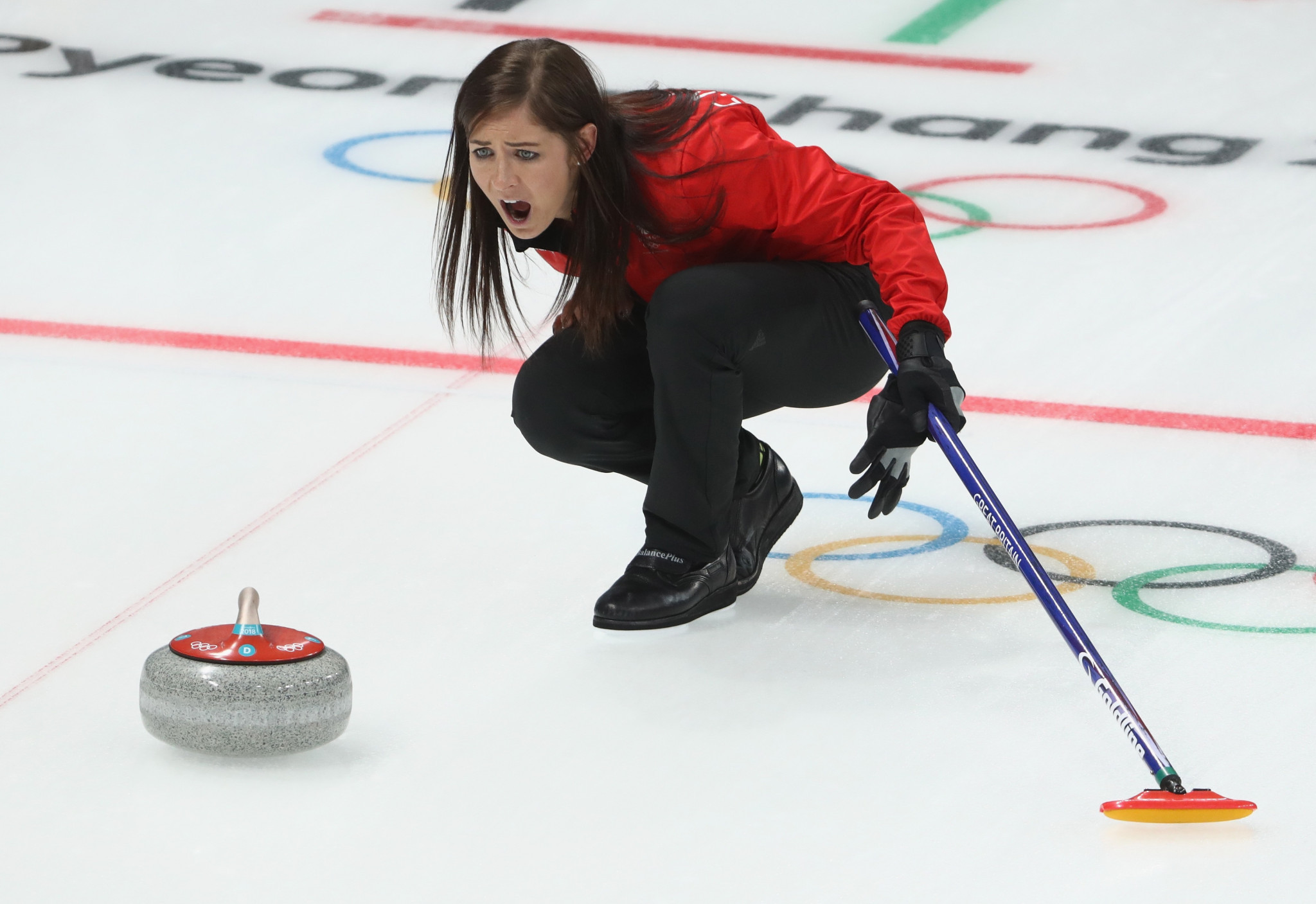 Eve Muirhead has two wins from two from day one of the World Championship ©Getty Images