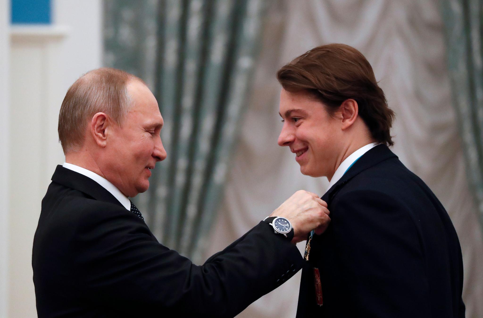 Putin thanks ice hockey players for singing Russian national anthem following Pyeongchang 2018 gold